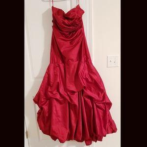 Sz 10 Long Red A line dress